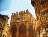 Palazzo della Mercanzia (BO)